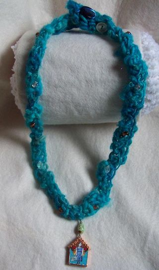 Crochetnecklace5