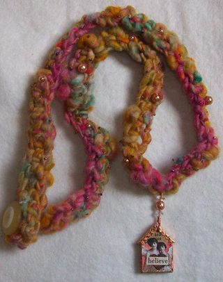 Crochetnecklace2b