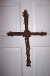 Barbed_wire_cross_004